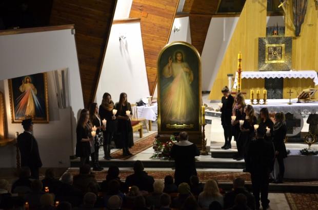 Apel Maryjny iMsza św.opowołania kapłańskie izakonne (21)